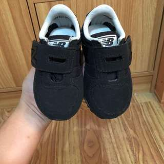 New Balance (can fit to 9- 13 months)