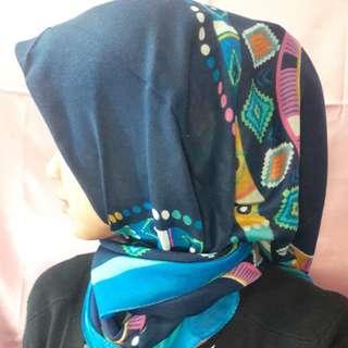 Jilbab segi 4 motif