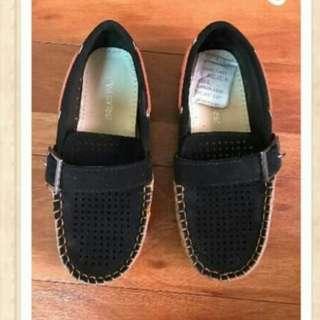 Preloved School Shoes