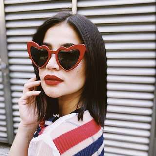 anne curtis sunglasses/heart sunnies