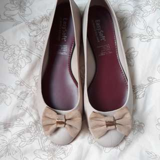 Easy soft nude size 8