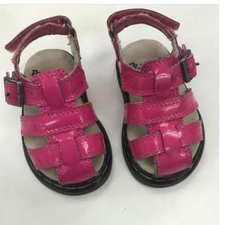 Dr Marten for toddler Size 3 (suitable for 12months and below)
