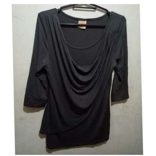 Overlap Crissa Top (preloved)