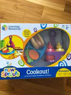 New BNIB Learning Resources New Sprouts Cookout Pretend Play Food Set Kitchen Mustard Ketchup Chips Hot Dog