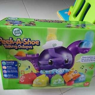 Peek A Shoe talking octopus