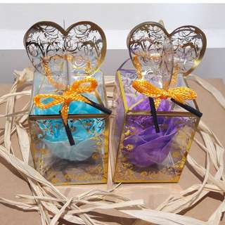 精美结婚小礼品1朵香皂玫瑰 (Wedding door gift 1 of soap flower) - Minimum order 18 pieces