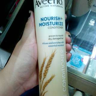 Aveeno Nourish and Moisture Conditioner 10.5oz