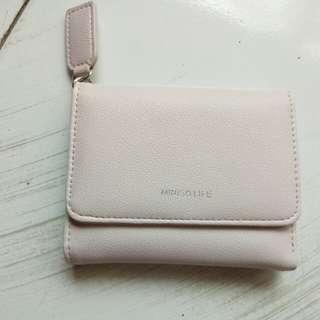 Dompet kecil miniso