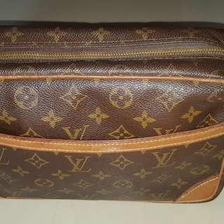 Authentic LV Trocadero 27cm Monogram Crossbody Bag