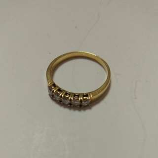 18K Gold Ring With Real Diamonds