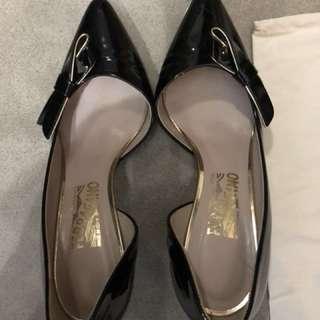 Salvatore Ferragamo high heels (size 6D)