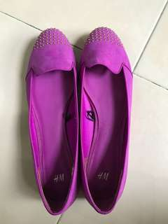 H & m studded purple flats