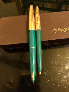 派克61古董筆一套