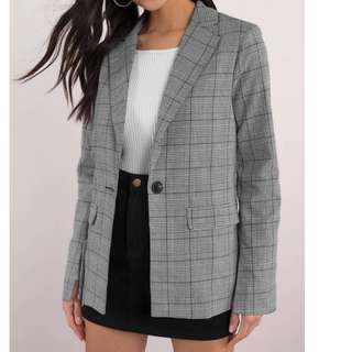 LOOKING FOR GREY PLAID BLAZER