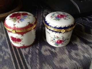 Riccardo porcelain container