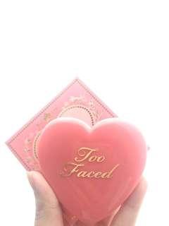 Too Faced  Love Flush