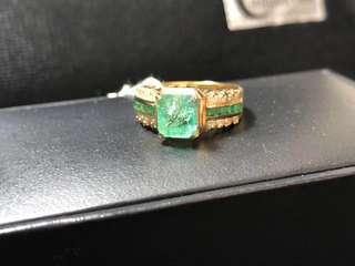 天然哥倫比亞祖母綠鑽石18K金鑲嵌戒指