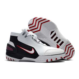 lebron 1 basketball shoe