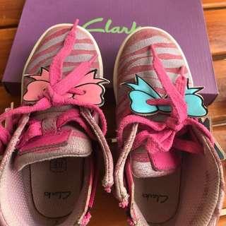 Clarks girl shoes size UK7