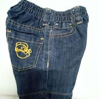 Celana pendek popey