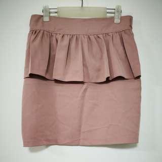 Pemplum pink skirt