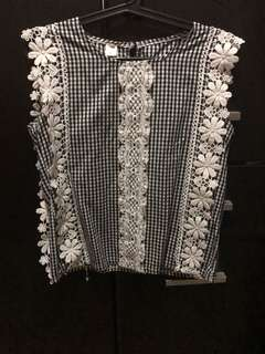Dainty korean blouse