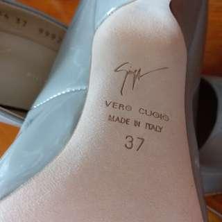 [New] size 37 Giuseppe Zanotti bumps