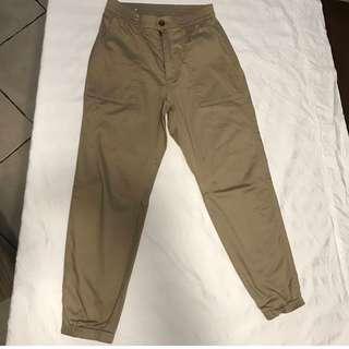 Uniqlo Khaki Pants