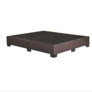 Offer!!queen bed divan
