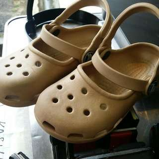 bby crocs