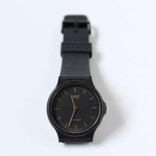 100% Original and Brand New Casio Vintage Watch