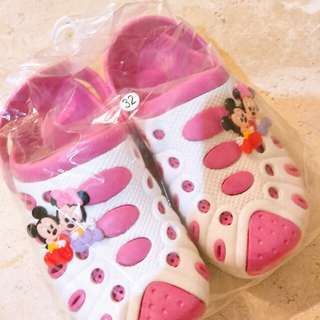 😊Kids Sandal😊 Crocs Minnie & Mickey mouse