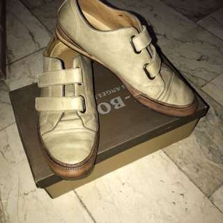 K-Bond Leather Casual Shoes