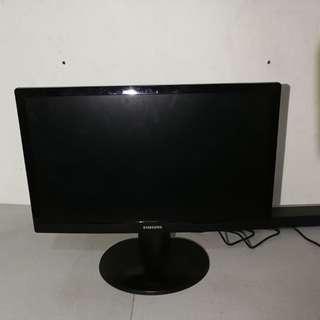 Samsung 22吋 LED IDTV UA22ES5000