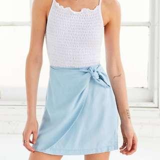 NWOT BDG Kimchi Blue Cassidy Chambray Wrap Skirt