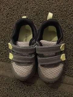 Carter's shoes US 7