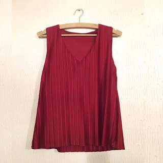 *REPRICED* UNBRANDED Red Wine Top