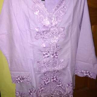 Baju kebaya encim ungu ada 3 uk  : L , 3L, 4L + rok
