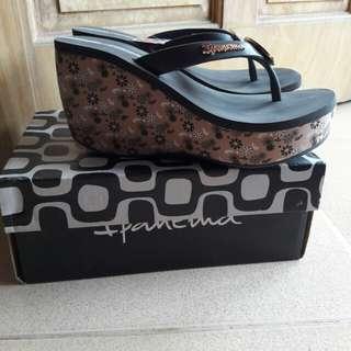 Ipanema High Slippers
