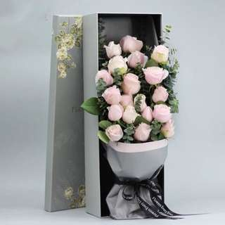 Fresh Flowers Roses: Rose Bouquet In box