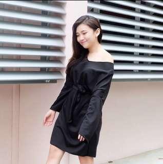 Black long sleeve 2 wear 👗