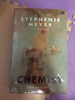 The chemist : Novel karya stephenie meyer