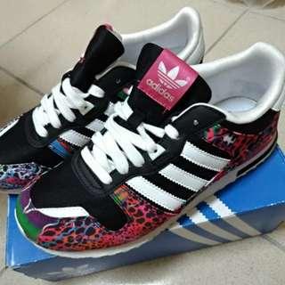 🚚 Adidas ZX 700 K 女慢跑鞋