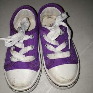 Purple rubber shoes