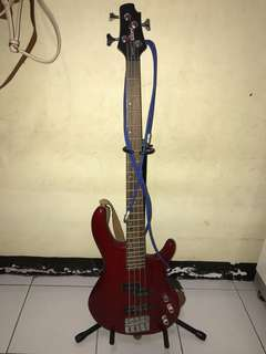 Cort action bass red colour + cort ampli groove engine GE15B
