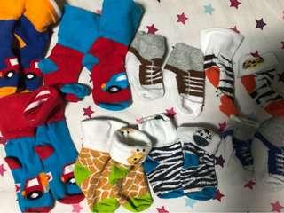 Preloved baby boy socks 0-3 months