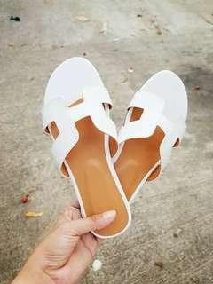 ONHAND! Hermes inspired sandal
