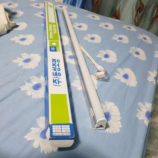 2 Feet (abt 60cm) T5 LED light