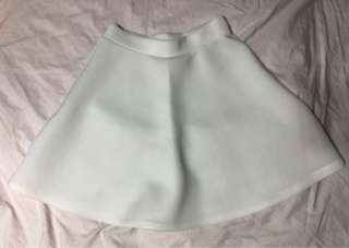 Nylon white skirt US2 (worn twice)