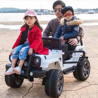 Red Licensed JEEP 2 Seater Rechargeable Ride On Truck Car with Rubber Tires